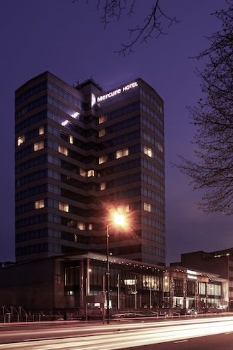Mercure Cardiff Holland House Hotel & Spa, Cardiff