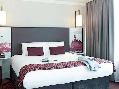 . Mercure Cardiff Holland House Hotel & Spa