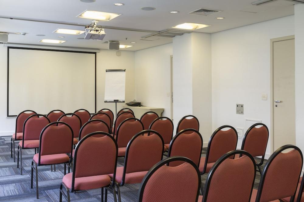 인터시티 이비라푸에라(Intercity Ibirapuera) Hotel Image 52 - Meeting Facility