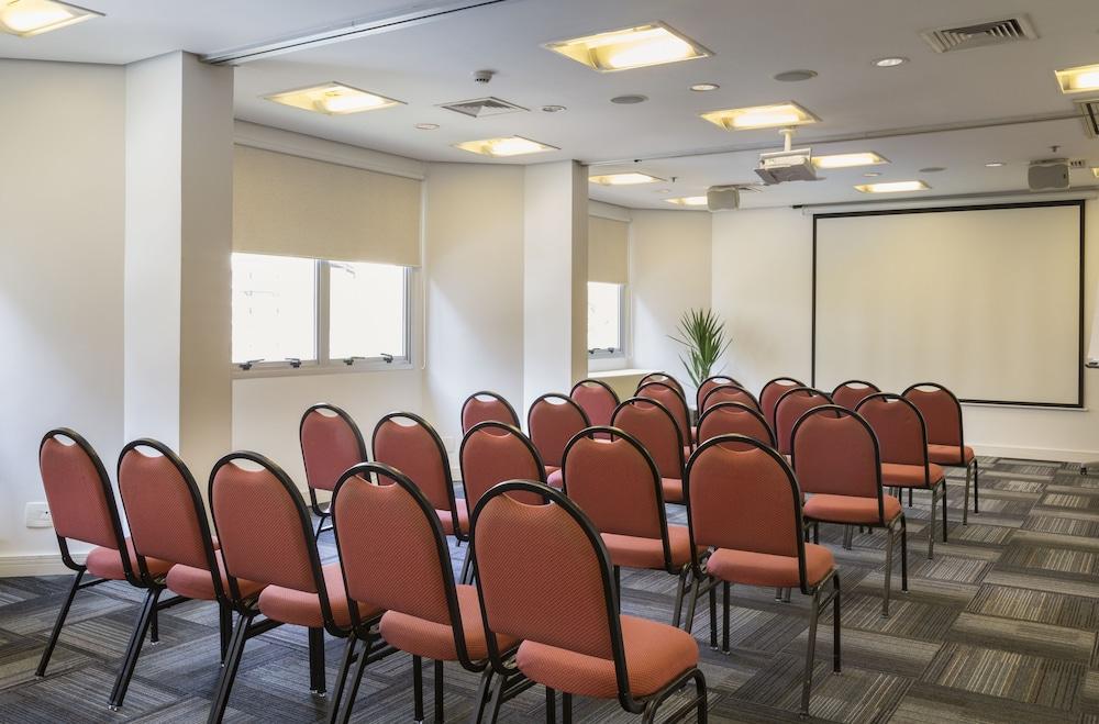 인터시티 이비라푸에라(Intercity Ibirapuera) Hotel Image 56 - Meeting Facility