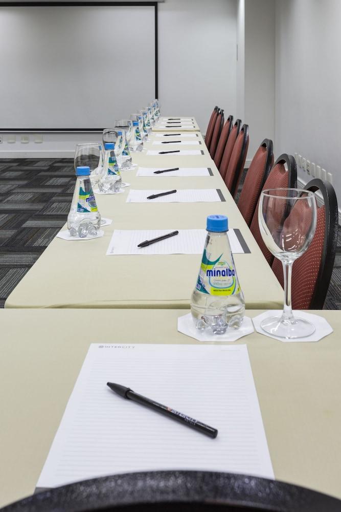 인터시티 이비라푸에라(Intercity Ibirapuera) Hotel Image 60 - Meeting Facility
