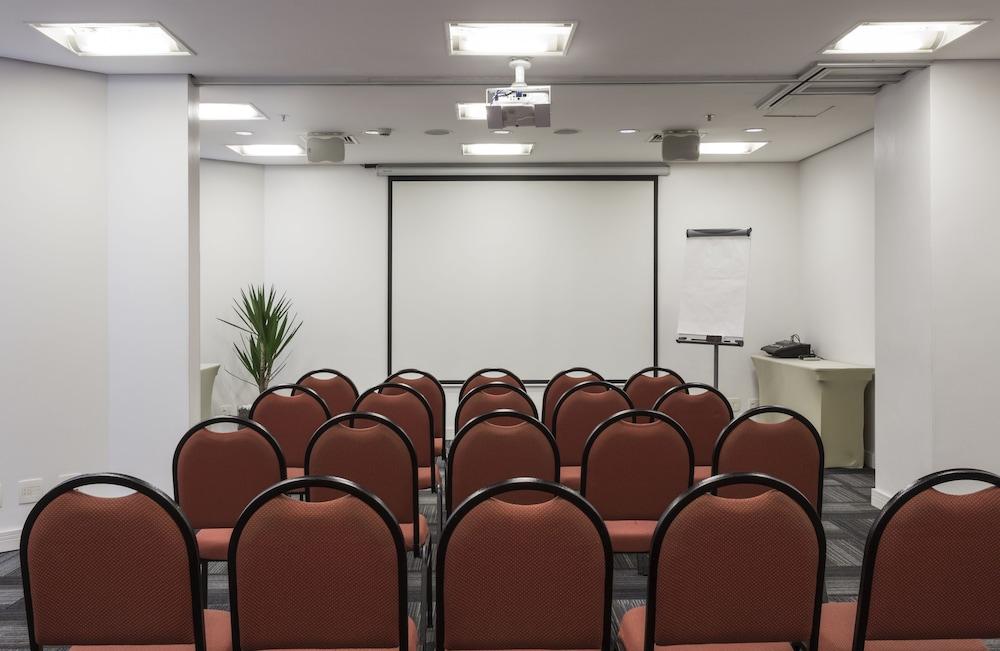 인터시티 이비라푸에라(Intercity Ibirapuera) Hotel Image 61 - Meeting Facility