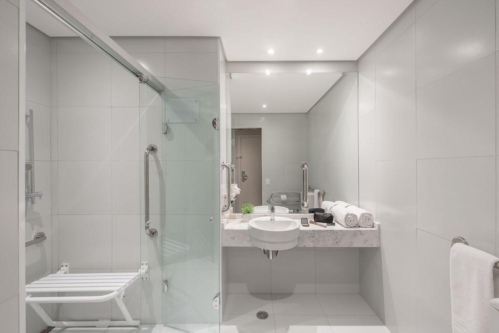 인터시티 이비라푸에라(Intercity Ibirapuera) Hotel Image 34 - Bathroom