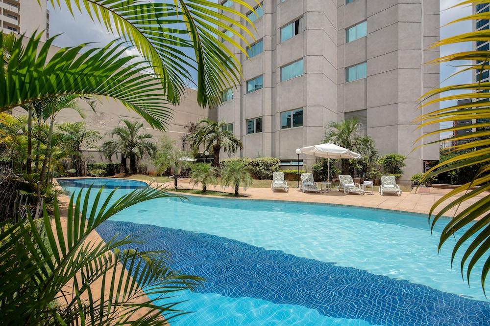 인터시티 이비라푸에라(Intercity Ibirapuera) Hotel Image 2 - Pool