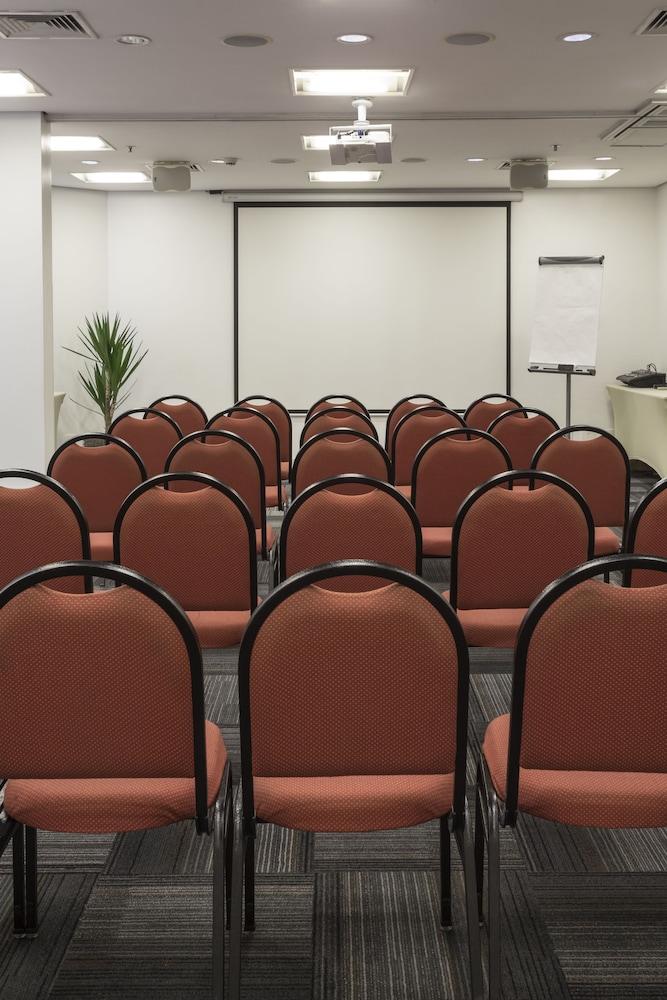 인터시티 이비라푸에라(Intercity Ibirapuera) Hotel Image 63 - Meeting Facility