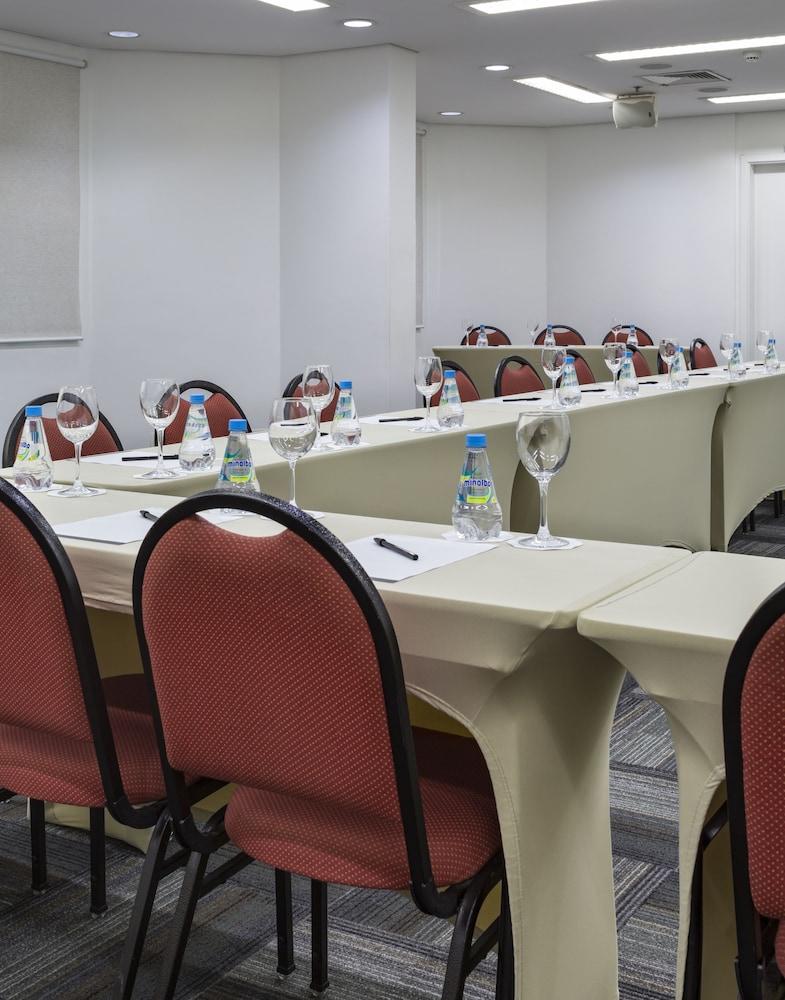 인터시티 이비라푸에라(Intercity Ibirapuera) Hotel Image 64 - Meeting Facility