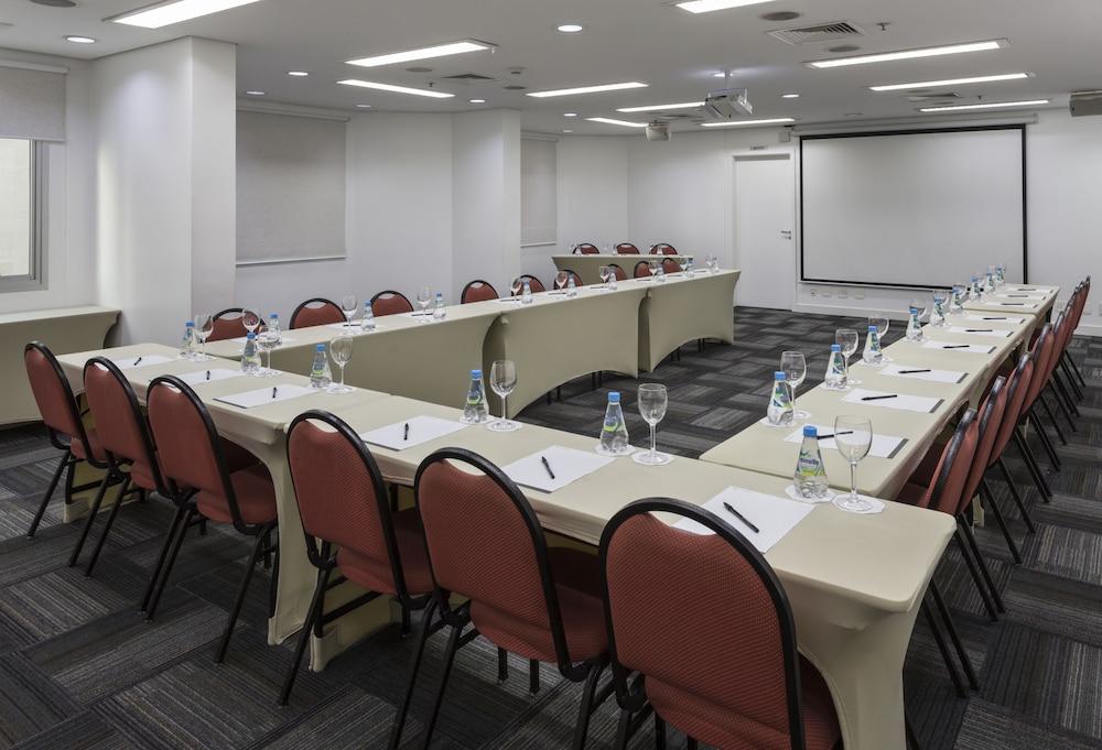 인터시티 이비라푸에라(Intercity Ibirapuera) Hotel Image 65 - Meeting Facility