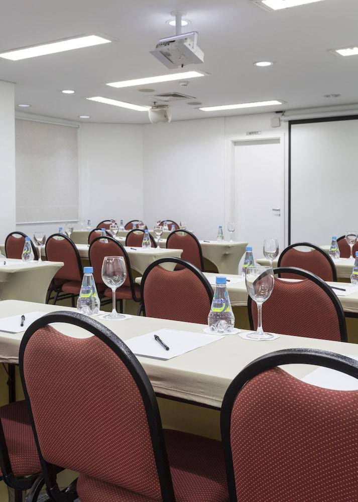 인터시티 이비라푸에라(Intercity Ibirapuera) Hotel Image 67 - Meeting Facility