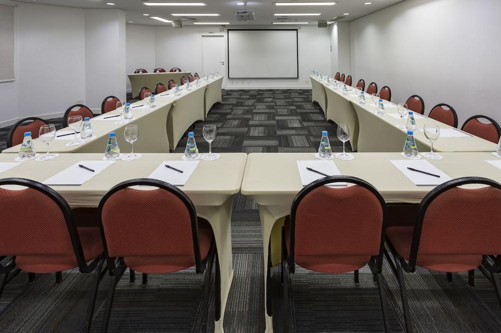 인터시티 이비라푸에라(Intercity Ibirapuera) Hotel Image 68 - Meeting Facility