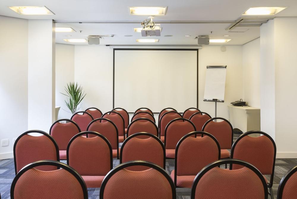 인터시티 이비라푸에라(Intercity Ibirapuera) Hotel Image 69 - Meeting Facility