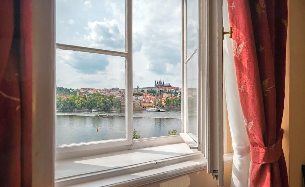 Hotel Leonardo Prague, Featured Image