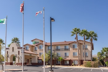 Hotel - Holiday Inn Express Hotel & Suites Manteca