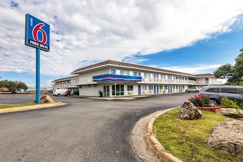 Motel 6 Ardmore photo