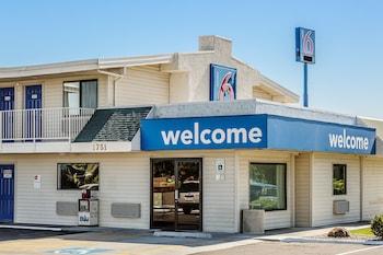 Motel 6 Richland - Kennewick - Hotel Entrance  - #0