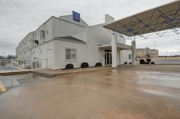 Hotel - Motel 6 Denison