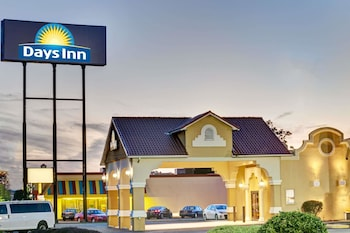 Hotel - Days Inn by Wyndham Louisville Airport Fair and Expo Center