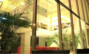 Hotel - Az-Hotel & Suites