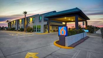 亞利桑那哈瓦蘇湖城 - 湖畔 6 號汽車旅館 Motel 6 Lake Havasu, AZ - Lakeside