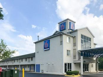 Hotel - Motel 6 Statesville