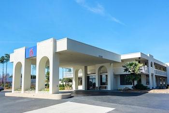 Hotel - Motel 6 Newnan, GA