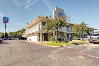 Hotel - Studio 6 Grand Prairie TX