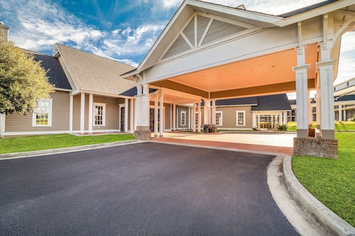 __{offers.Best_flights}__ Quality Inn & Suites Santee I-95