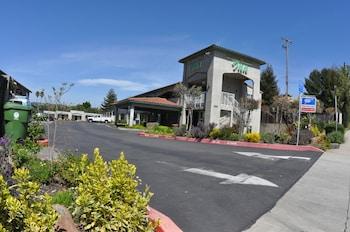Castro Valley Inn