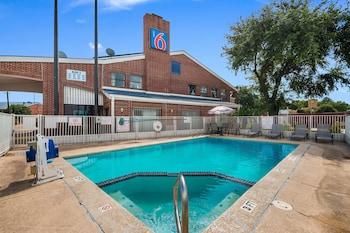 德克薩斯休士頓 - 布魯克霍洛 6 號汽車旅館 Motel 6 Houston, TX - Brookhollow
