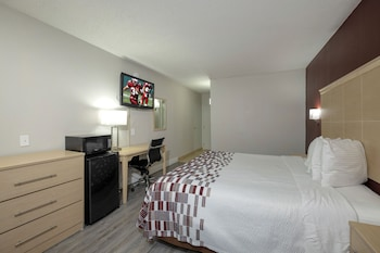 Deluxe Room, 2 Queen Beds (Smoke Free)