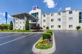 Hotel - Motel 6 Bristol