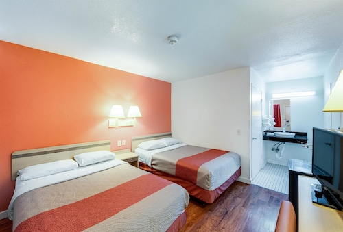 __{offers.Best_flights}__ Motel 6 Greenville, TX