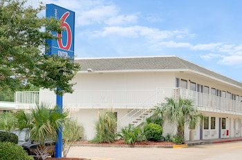 Hotel - Motel 6 Gulfport