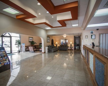 Lobby at Quality Inn & Suites Eastgate in Kissimmee