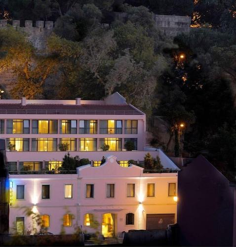 Lizbona - Olissippo Castelo - z Warszawy, 22 kwietnia 2021, 3 noce