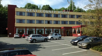 Hotel - West County Hotel