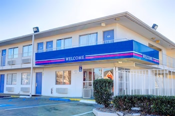 Hotel - Motel 6 Murfreesboro