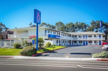加利福尼亞阿克塔 - 洪堡大學 6 號汽車旅館 Motel 6 Arcata, CA - Humboldt University