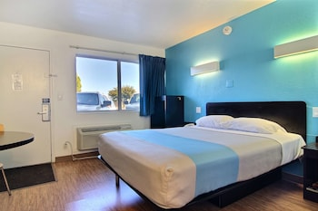 Deluxe Room, 2 Double Beds, Smoking, Refrigerator & Microwave