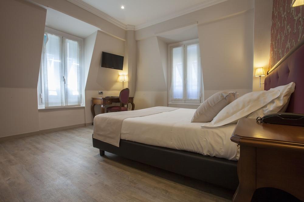 호텔 아스토리아 라팔로(Hotel Astoria Rapallo) Hotel Image 6 - Guestroom