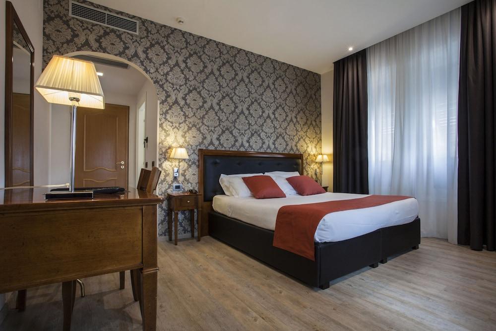호텔 아스토리아 라팔로(Hotel Astoria Rapallo) Hotel Image 8 - Guestroom