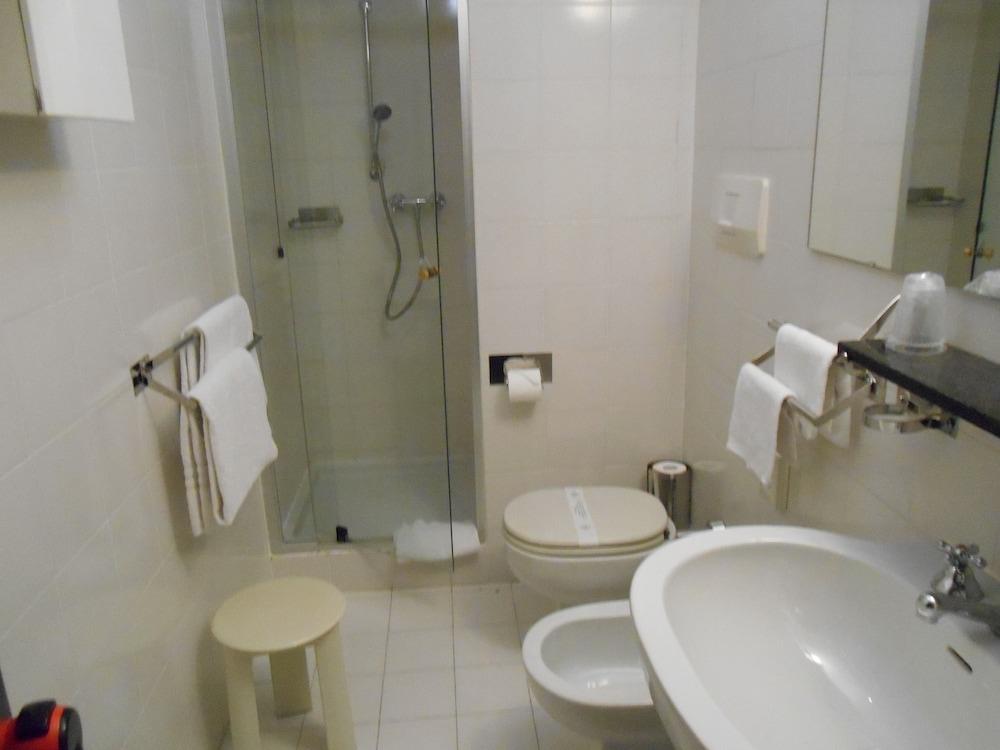CIT 호텔즈 브리타니아(CIT Hotels Britannia) Hotel Image 33 - Bathroom