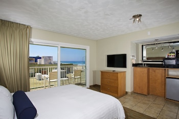Pet Friendly Hotels Near Mission Beach In San Diego From 119 Night