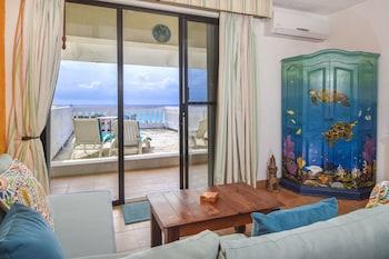 Hotel - Plaza Marina Condos by Rentals Your Way