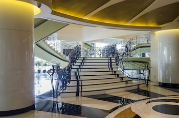 Bellevue Hotel Alabang Staircase