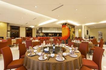 Bellevue Hotel Alabang Restaurant
