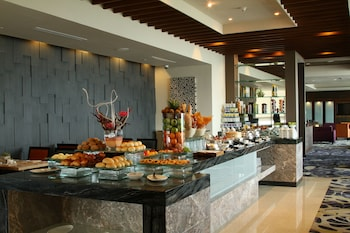 Bellevue Hotel Alabang Breakfast buffet
