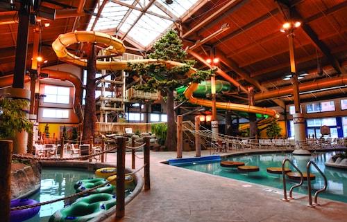 . Timber Ridge Lodge and Waterpark