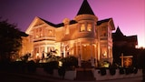 Pacific Grove Hotels