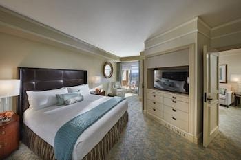 Guestroom at Mandarin Oriental, Washington D.C. in Washington