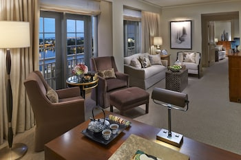 Suite (Ambassador)